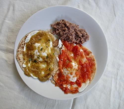 Huevos Divorciados,  Chupa Los Dedos Delicious!